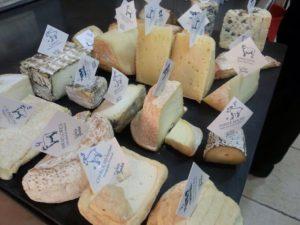catas de quesos en Alicante El Capricho de Raquel